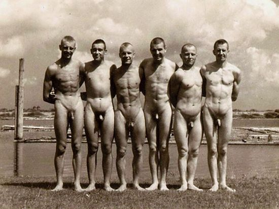 Six-naked-men